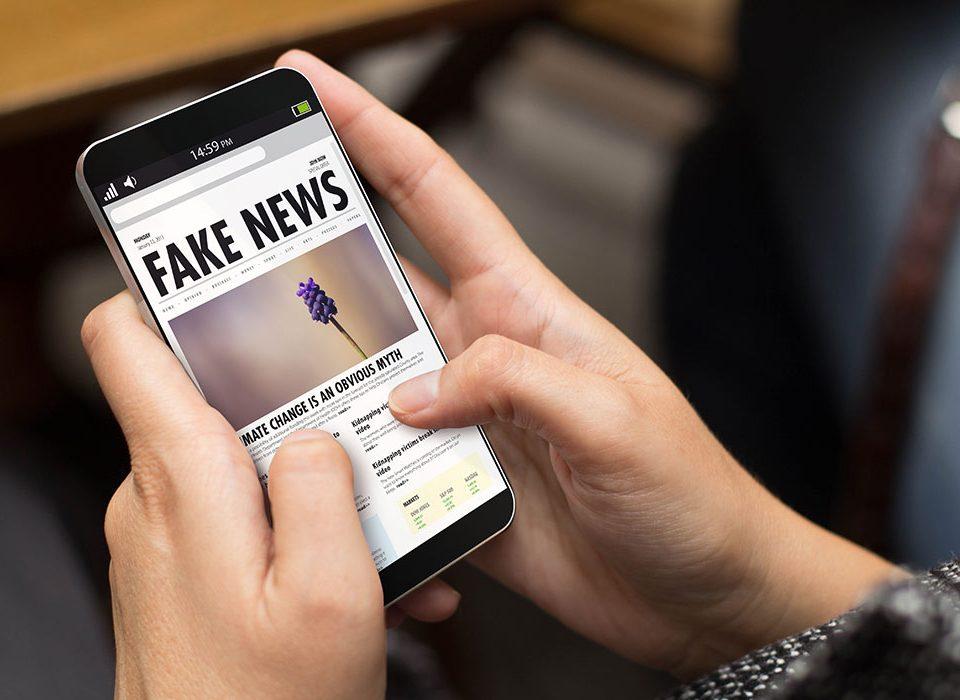 Covid-19, tutte le fake news dall'inizio della pandemia